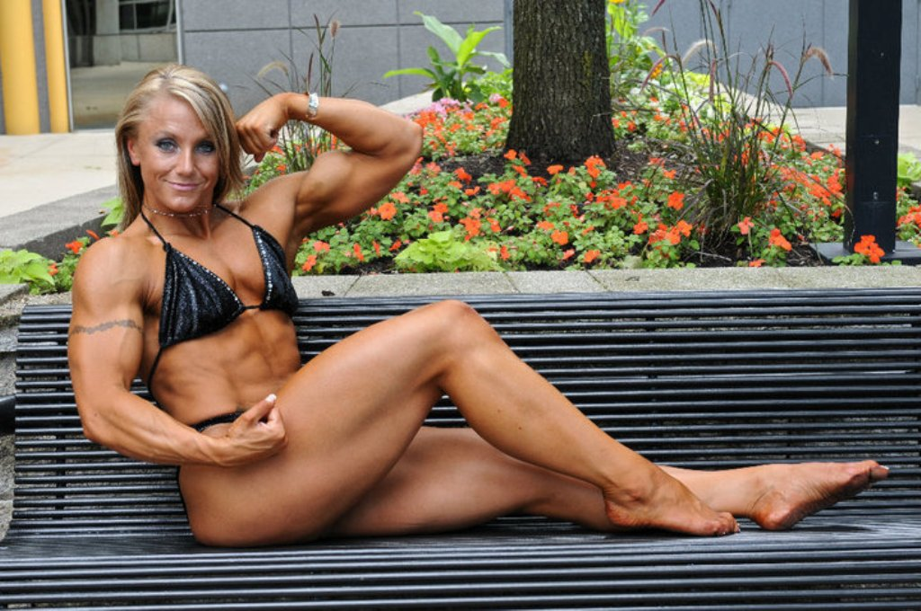 For those who are mad about female muscle.