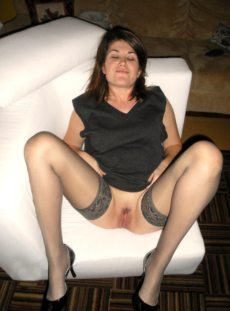 Beautiful mature wife playing with younger cock for hubby p2
