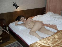Nice milf waiting for something gelery Image 2