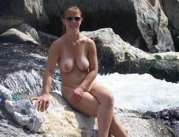 Nice milf waiting for something gelery Image 8
