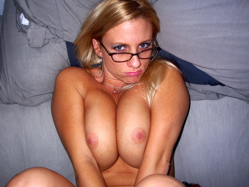 image Shaina la beurette french arab secretary with glasses